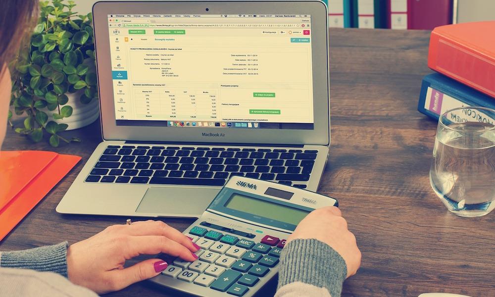 Robisz internety? 9 praktycznych porad księgowych