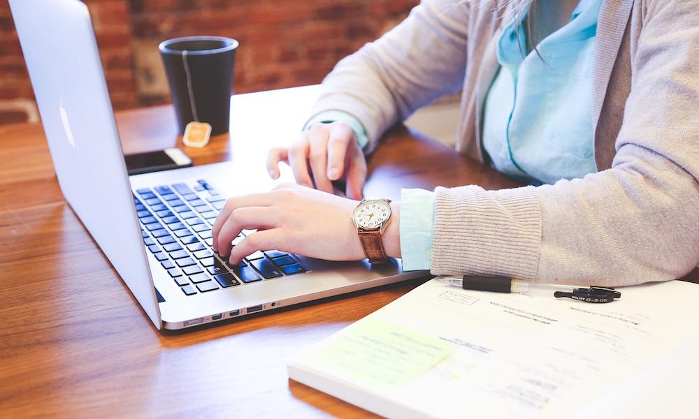 Monitoruj sieć i podejmuj lepsze decyzje biznesowe
