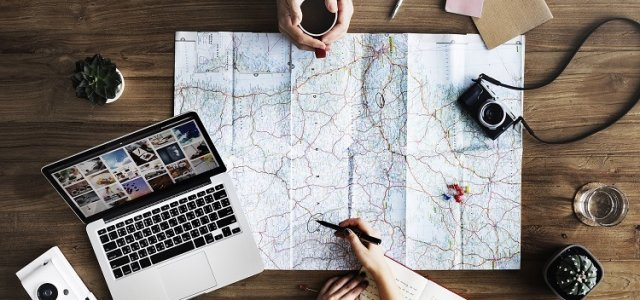 Jak znaleźć klientów online w branży turystycznej?